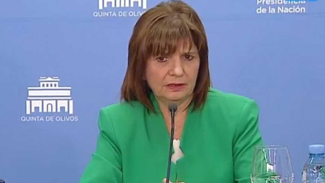 """Patricia Bullrich le responde a Elisa Carrió: """"Nuestro reglamento no es fascista"""""""