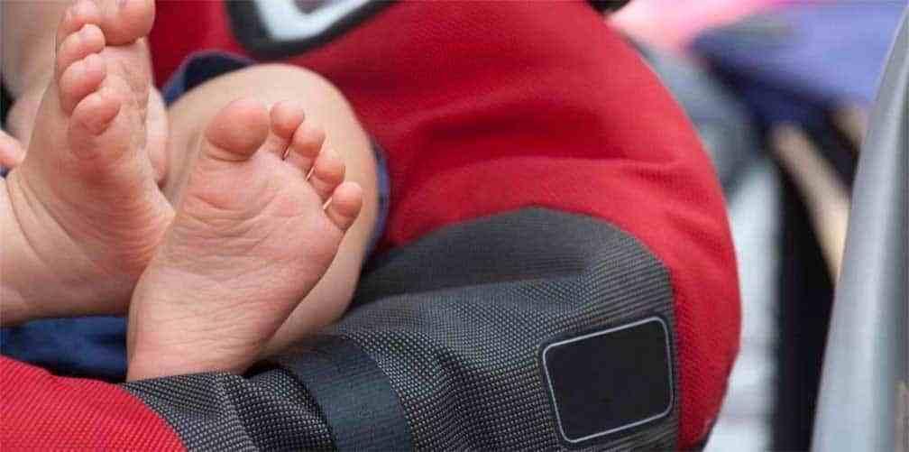 Se olvidó a su beba dentro del auto durante 9 horas y la nena murió por asfixia